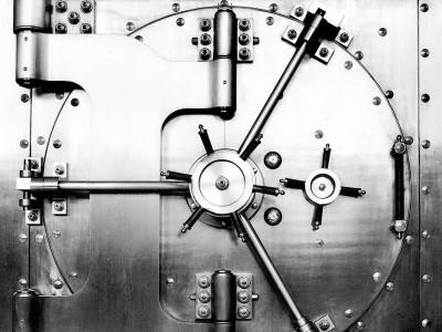 lombardi-modern_bank